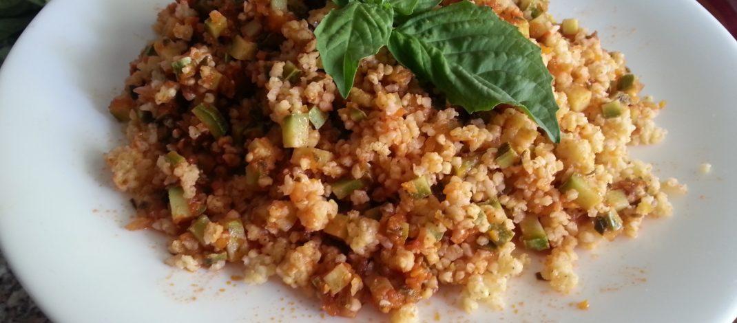Couscous di miglio con ragù vegetale al microonde